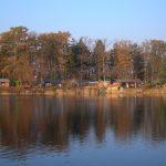 Ferienhäuser im Waldweg mit Blick auf den Strandsee