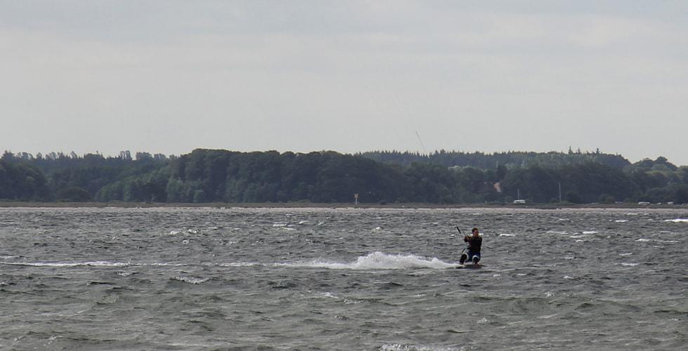 Kiter im Wasser